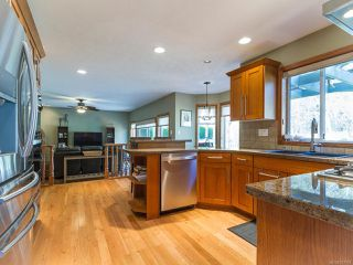 Photo 15: 3829 PEAK DRIVE in CAMPBELL RIVER: CR Campbell River South House for sale (Campbell River)  : MLS®# 747903