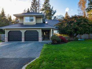 Photo 1: 3829 PEAK DRIVE in CAMPBELL RIVER: CR Campbell River South House for sale (Campbell River)  : MLS®# 747903
