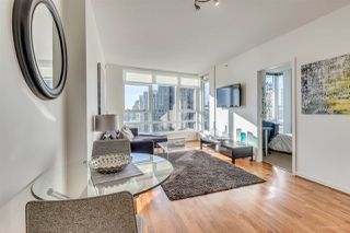 "Photo 5: 2701 939 EXPO Boulevard in Vancouver: Yaletown Condo for sale in ""Max 2 Building"" (Vancouver West)  : MLS®# R2129765"