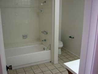 Photo 5: PACIFIC BEACH Apartment for rent : 2 bedrooms : 962 Loring Street #1A in San Diego