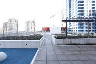 Photo 10: 501 5598 ORMIDALE Street in Vancouver: Collingwood VE Condo for sale (Vancouver East)  : MLS®# R2137085