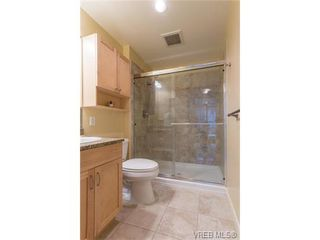 Photo 16: 206 1831 Oak Bay Ave in VICTORIA: Vi Fairfield East Condo Apartment for sale (Victoria)  : MLS®# 752253