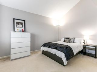 Photo 9: 2852 W 8TH Avenue in Vancouver: Kitsilano House 1/2 Duplex for sale (Vancouver West)  : MLS®# R2145094