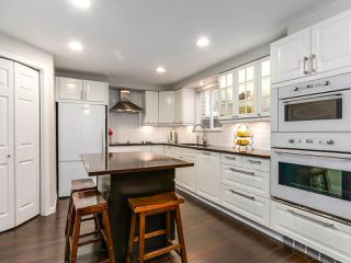 Photo 4: 2852 W 8TH Avenue in Vancouver: Kitsilano House 1/2 Duplex for sale (Vancouver West)  : MLS®# R2145094