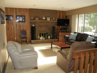 Photo 2: 21214 MOUNTVIEW Crescent in Hope: Hope Kawkawa Lake House for sale : MLS®# R2149431