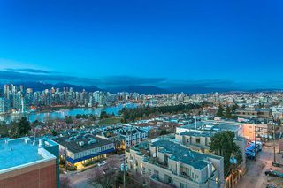 """Photo 4: 802 2483 SPRUCE Street in Vancouver: Fairview VW Condo for sale in """"Skyline"""" (Vancouver West)  : MLS®# R2151780"""