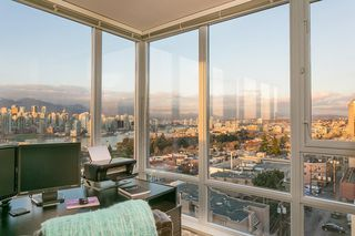 """Photo 14: 802 2483 SPRUCE Street in Vancouver: Fairview VW Condo for sale in """"Skyline"""" (Vancouver West)  : MLS®# R2151780"""