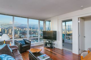"""Photo 6: 802 2483 SPRUCE Street in Vancouver: Fairview VW Condo for sale in """"Skyline"""" (Vancouver West)  : MLS®# R2151780"""
