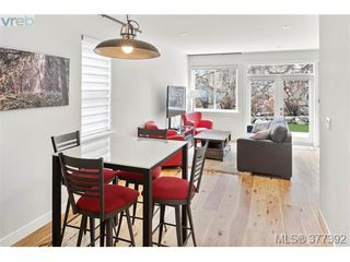 Photo 9: 2943 Burlington Crescent in VICTORIA: La Langford Lake Single Family Detached for sale (Langford)  : MLS®# 377392