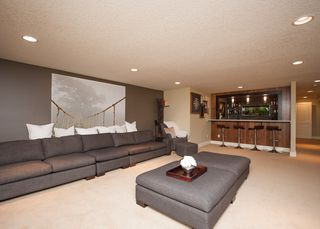 Photo 30: 1216 Cross Crescent SW in : Chinook Park House for sale (Calgary)  : MLS®# C4121748