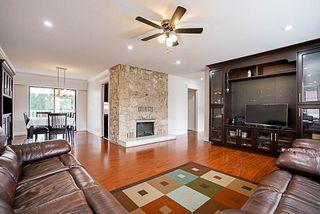 Photo 5: 15672 92 Avenue in Surrey: Fleetwood Tynehead House for sale : MLS®# R2200032