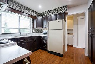 Photo 7: 15672 92 Avenue in Surrey: Fleetwood Tynehead House for sale : MLS®# R2200032