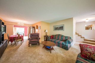 Photo 2: 3620 MCRAE Crescent in Port Coquitlam: Woodland Acres PQ House for sale : MLS®# R2203695