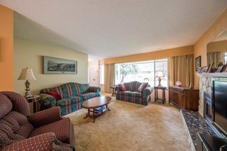 Photo 3: 3620 MCRAE Crescent in Port Coquitlam: Woodland Acres PQ House for sale : MLS®# R2203695