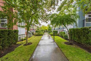 "Photo 12: 39 6528 DENBIGH Avenue in Burnaby: Forest Glen BS Townhouse for sale in ""OAKWOOD"" (Burnaby South)  : MLS®# R2205885"