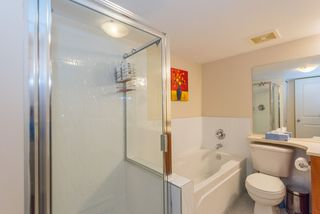 "Photo 17: 39 6528 DENBIGH Avenue in Burnaby: Forest Glen BS Townhouse for sale in ""OAKWOOD"" (Burnaby South)  : MLS®# R2205885"