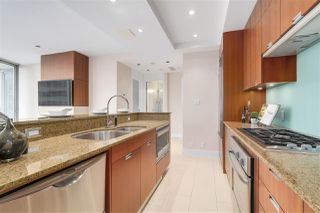 Photo 10: 2706 1077 W CORDOVA STREET in Vancouver: Coal Harbour Condo for sale (Vancouver West)  : MLS®# R2198222