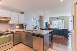 Photo 3: 1107 14 Begbie in New Westminster: Quay Condo for sale : MLS®# R2216661