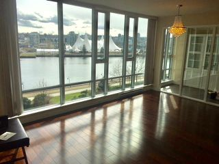 Photo 2: 803 918 Cooperage Way in Vancouver: Yaletown Condo for sale (Vancouver West)  : MLS®# R2230347