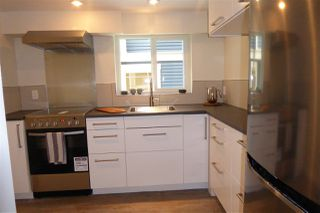 Photo 19: 2570 DUNDAS Street in Vancouver: Hastings East House for sale (Vancouver East)  : MLS®# R2241909