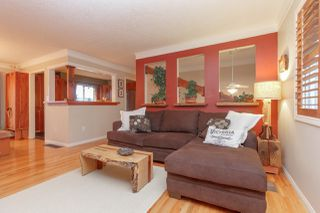 Photo 3: 2221 Amherst Avenue in Sidney: Single Family Detached for sale : MLS®# 388787