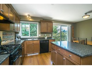 "Photo 3: 5 46608 YALE Road in Chilliwack: Chilliwack E Young-Yale Townhouse for sale in ""Thornberry Lane"" : MLS®# R2267877"