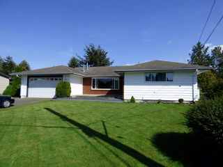 """Photo 1: 46130 GRIFFIN Drive in Sardis: Sardis East Vedder Rd House for sale in """"Sardis Park"""" : MLS®# R2268766"""