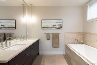 Photo 14: 206 3234 Holgate Lane in VICTORIA: Co Lagoon Condo Apartment for sale (Colwood)  : MLS®# 790649