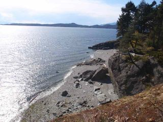 "Photo 2: 8389 REDROOFFS Road in Halfmoon Bay: Halfmn Bay Secret Cv Redroofs House for sale in ""R2"" (Sunshine Coast)  : MLS®# R2283485"