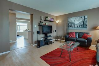 Photo 5: 271 Rutherford Crescent in Saskatoon: Sutherland Residential for sale : MLS®# SK740984