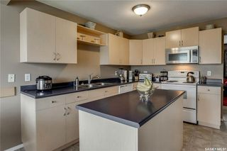 Photo 6: 271 Rutherford Crescent in Saskatoon: Sutherland Residential for sale : MLS®# SK740984
