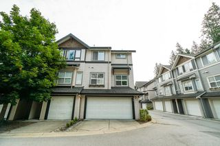 "Photo 1: 34 6366 126 Street in Surrey: Panorama Ridge Townhouse for sale in ""SUNRIDGE ESTATES"" : MLS®# R2297458"