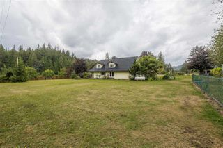 Photo 2: 41621 HENDERSON Road: Columbia Valley House for sale (Cultus Lake)  : MLS®# R2299934