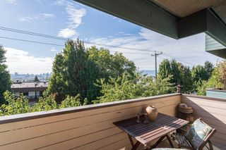 "Photo 9: 308 1516 CHARLES Street in Vancouver: Grandview VE Condo for sale in ""Garden Terrace"" (Vancouver East)  : MLS®# R2302438"