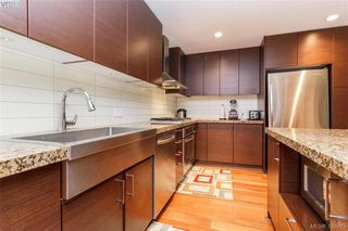 Photo 12: 411 1400 Lynburne Place in VICTORIA: La Bear Mountain Condo Apartment for sale (Langford)  : MLS®# 399993