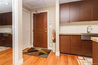 Photo 4: 411 1400 Lynburne Place in VICTORIA: La Bear Mountain Condo Apartment for sale (Langford)  : MLS®# 399993