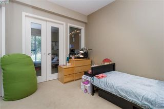 Photo 18: 411 1400 Lynburne Place in VICTORIA: La Bear Mountain Condo Apartment for sale (Langford)  : MLS®# 399993