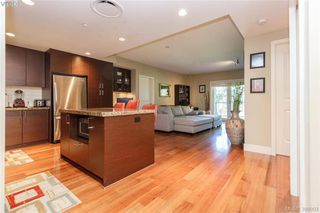 Photo 5: 411 1400 Lynburne Place in VICTORIA: La Bear Mountain Condo Apartment for sale (Langford)  : MLS®# 399993