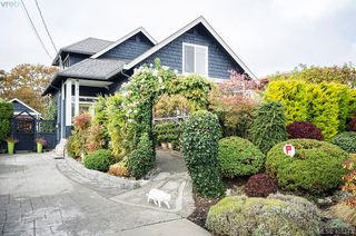 Photo 1: 922 Lawndale Avenue in VICTORIA: Vi Fairfield East Single Family Detached for sale (Victoria)  : MLS®# 401173