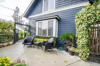 Photo 28: 922 Lawndale Avenue in VICTORIA: Vi Fairfield East Single Family Detached for sale (Victoria)  : MLS®# 401173