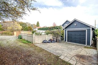 Photo 50: 922 Lawndale Avenue in VICTORIA: Vi Fairfield East Single Family Detached for sale (Victoria)  : MLS®# 401173