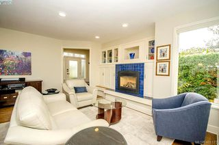 Photo 5: 922 Lawndale Avenue in VICTORIA: Vi Fairfield East Single Family Detached for sale (Victoria)  : MLS®# 401173