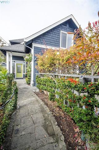 Photo 26: 922 Lawndale Ave in VICTORIA: Vi Fairfield East House for sale (Victoria)  : MLS®# 800501
