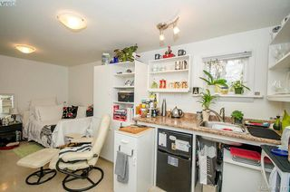 Photo 47: 922 Lawndale Avenue in VICTORIA: Vi Fairfield East Single Family Detached for sale (Victoria)  : MLS®# 401173