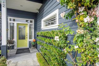 Photo 2: 922 Lawndale Avenue in VICTORIA: Vi Fairfield East Single Family Detached for sale (Victoria)  : MLS®# 401173