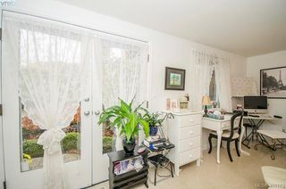 Photo 45: 922 Lawndale Avenue in VICTORIA: Vi Fairfield East Single Family Detached for sale (Victoria)  : MLS®# 401173