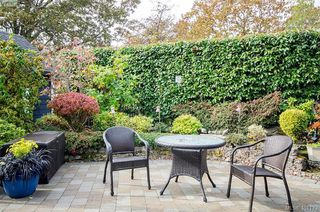 Photo 38: 922 Lawndale Avenue in VICTORIA: Vi Fairfield East Single Family Detached for sale (Victoria)  : MLS®# 401173