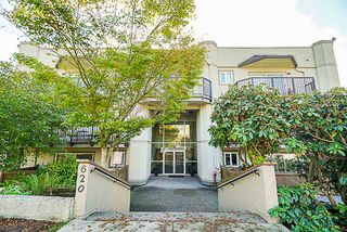 "Photo 1: 105 620 BLACKFORD Street in New Westminster: Uptown NW Condo for sale in ""Deerwood Court"" : MLS®# R2319924"