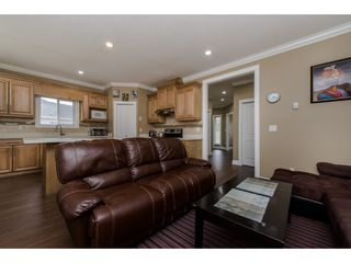 Photo 6: 35 20118 BEACON Road in Hope: Hope Silver Creek House for sale : MLS®# R2325096