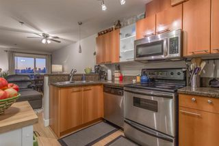 """Photo 9: 403 1718 VENABLES Street in Vancouver: Grandview VE Condo for sale in """"CITY VIEW TERRACES"""" (Vancouver East)  : MLS®# R2327444"""